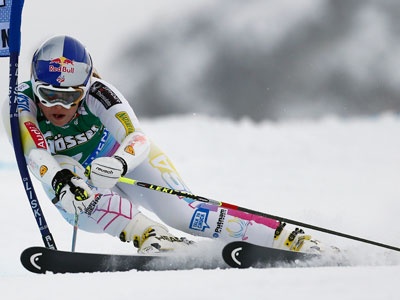 Top alpine skiers warm up in Moscow ahead of World Champs