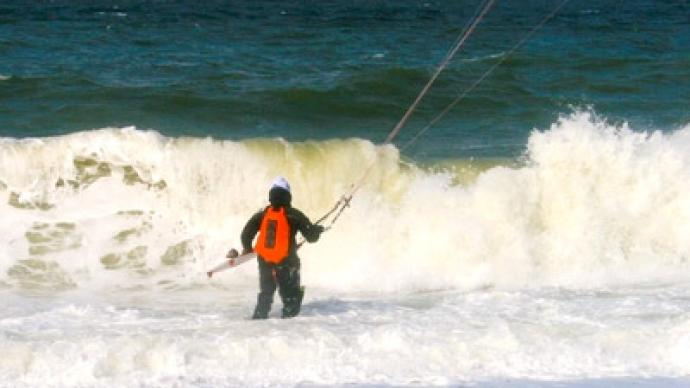 Russian kite surfers make record books after crossing Bering Strait