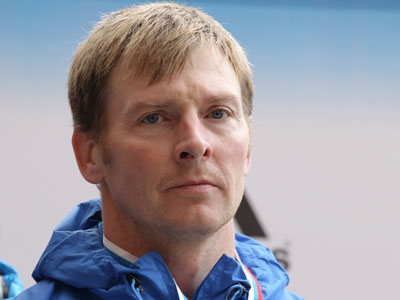 Zubkov defends four-man bobsled world cup title in Sochi