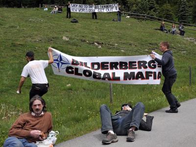 Mitt Romney attended Bilderberg 2012?