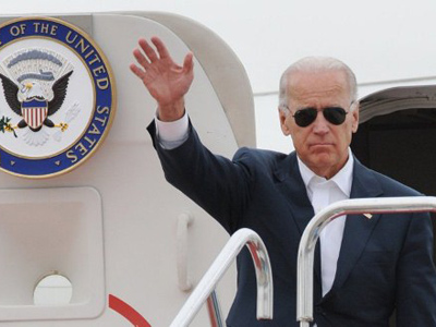 'Angry birds' strike Joe Biden's Air Force Two