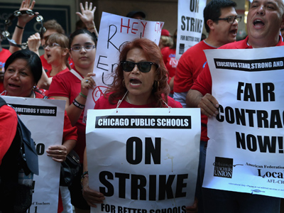 Chicago teachers finish first strike in 25 years