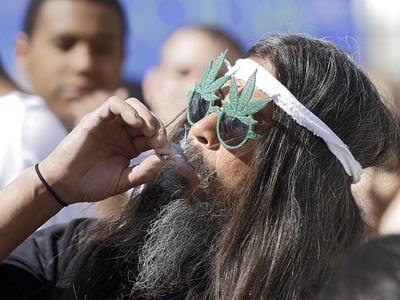 Colorado and Washington prepare to face off with feds over marijuana