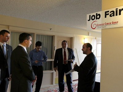 Obama wants jobless to sue