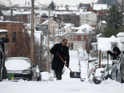 Thousands of Americans to go without power until after the New Year
