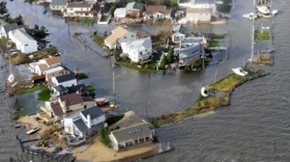 East Coast saturated as superstorm Sandy nears shores (PHOTOS)