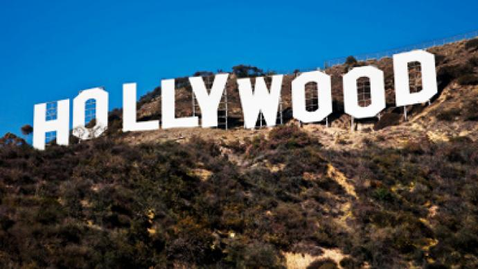 Hollywood threatens Obama over SOPA