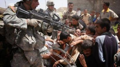 Does US want Blackwater to work in Iraq illegally?
