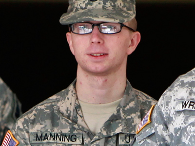 Defense demands charges dismissed against Bradley Manning
