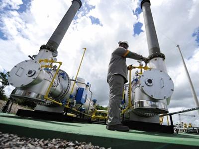 America prepares to ride oil price wave