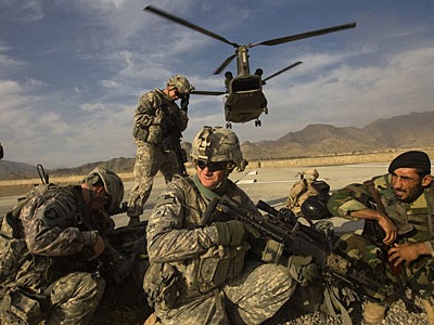 Obama will free Afghan prisoners to appease Taliban