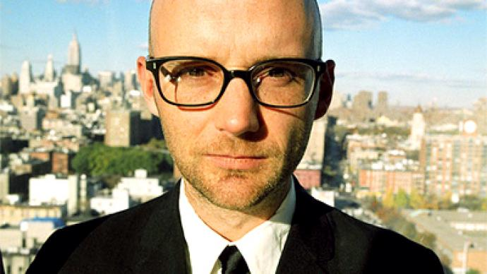 Moby protests against US budget cuts