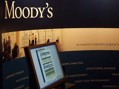 Moody's to downgrade the US