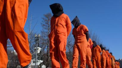 Obama signs NDAA 2013 without objecting to indefinite detention of Americans