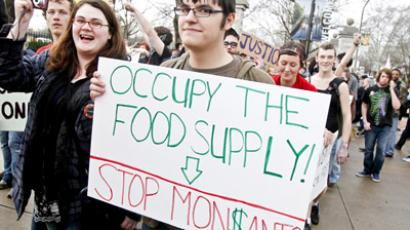 Congress sides with Monsanto over GMO battle