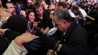 NY cops probed over assaults on OWS protestors