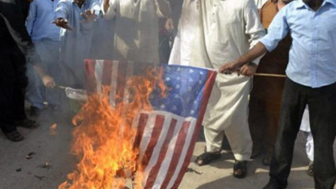 Pakistan threatens to break up with America