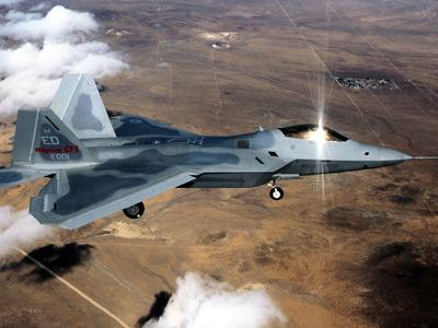 F-22's latest problem: Can't win over cheaper rivals in close-range fights
