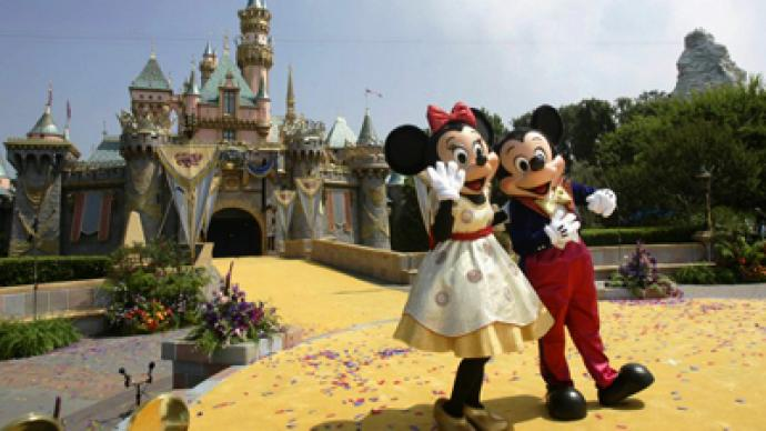 Blacks and Whites both accuse Disneyland of racism