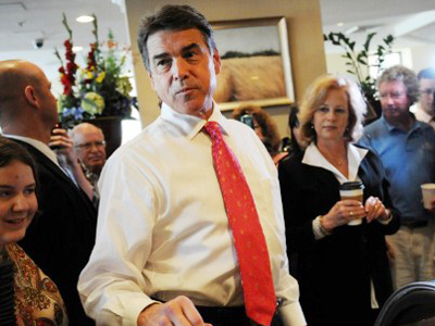 Texans pay $1.4 million for Perry's campaign