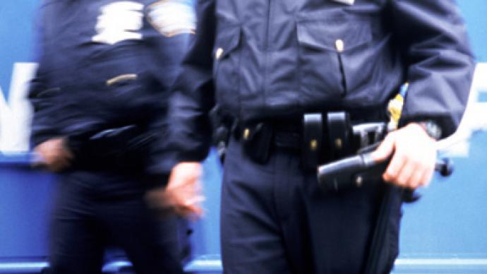 Policeman retaliates against videographer