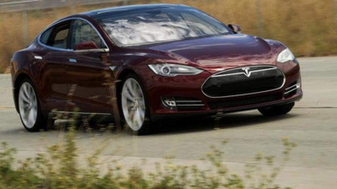 Tesla Motors CEO takes to Twitter over journalist's 'fake' claims