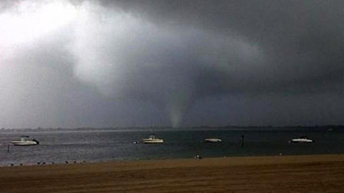 Rare tornado hits New York City (PHOTOS)
