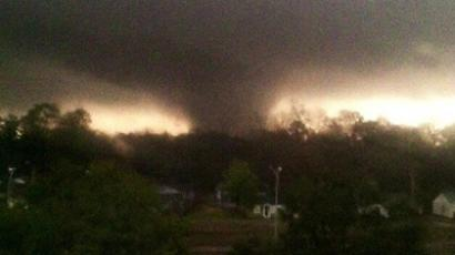 Six killed, scores injured as tornado sweeps through north Texas