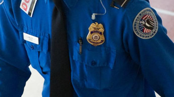 TSA agent steals $520 to punish passenger