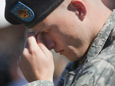US Military suicides continue to climb, reaching record in 2012
