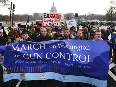 Thousands march for gun control in Washington (PHOTOS)