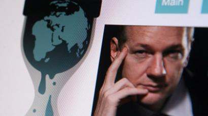 Facebook denies Assange's spying machine allegations