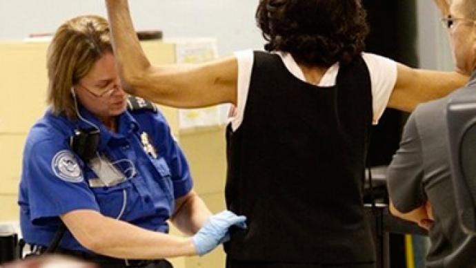 Woman turns the tables on TSA