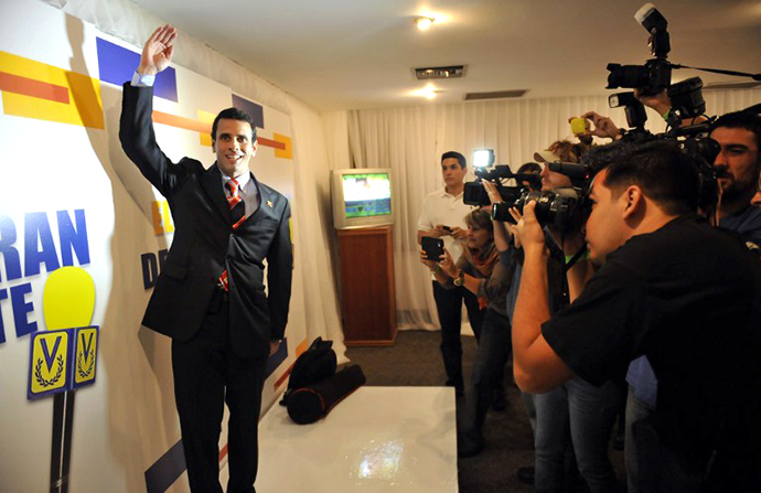 Venezuela's Democratic Unity coalition presidential candidates Capriles Radonsky. (AFP Photo / Juan Barreto)