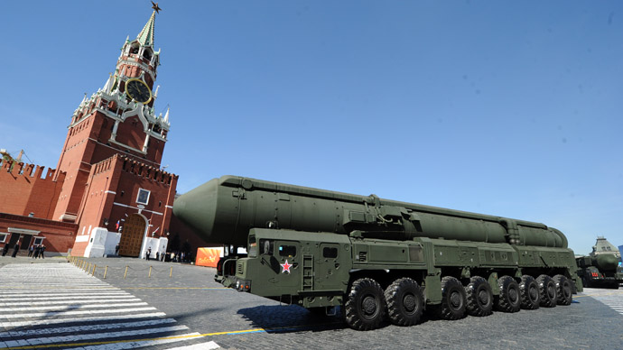 A column of Russia's Topol intercontinental ballistic missile launchers rolls at the Red Square in Moscow, on May 9, 2013, during Victory Day parade. (AFP Photo)