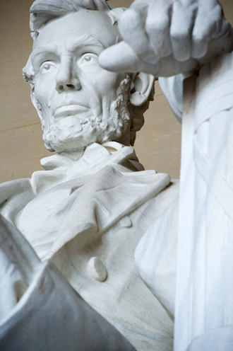 The statue of Abraham Lincoln, the 16th US president is seen inside the Lincoln Memorial in Washington, DC (AFP Photo / Karen Bleier)