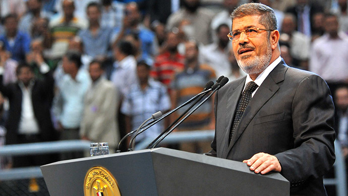 'Morsi tries to ram Sharia constitution down Egyptian people's throats'