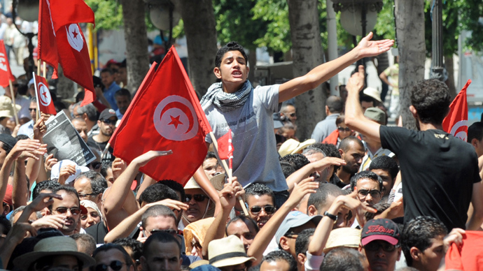 Tunisia suffering deep divide between Secularists and Islamists