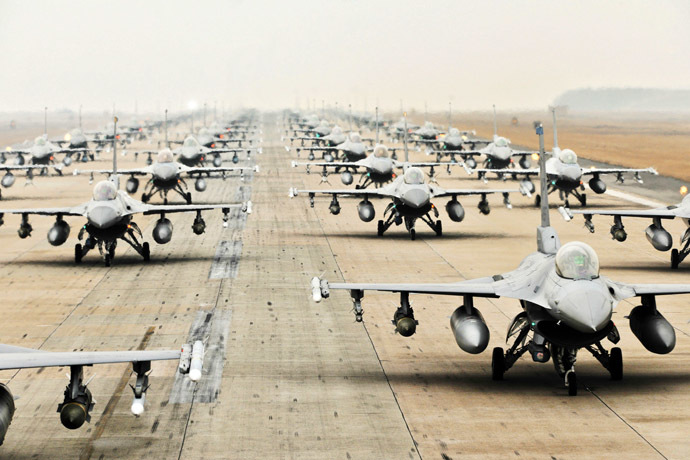 A picture downloaded from the US air force website shows F-16 Fighting Falcons from the 35th and 80th Fighter Squadrons (AFP Photo/US AIR FORCE)