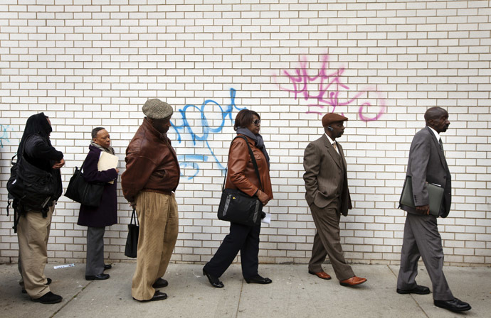 Jobseekers stand in line to attend the Dr. Martin Luther King Jr. career fair held by the New York State department of Labor in New York (Reuters/Lucas Jackson)