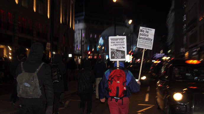 Thousands of UK students march in 'Cops off Campus' protest on December 12, 2013 (Photo by Sara Firth, RT)