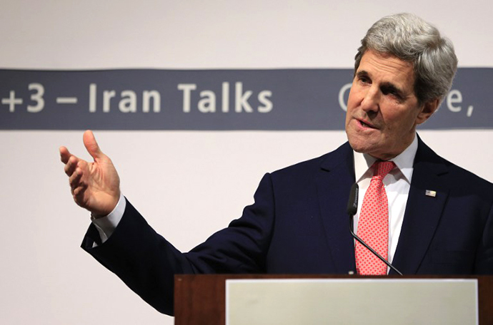 US Secretary of State John Kerry delivers a speech during a press conference at the CICG (Centre International de Conferences Geneve) after talks over Iran's nuclear programme in Geneva on November 24, 2013 (AFP Photo / Alexander Klein)
