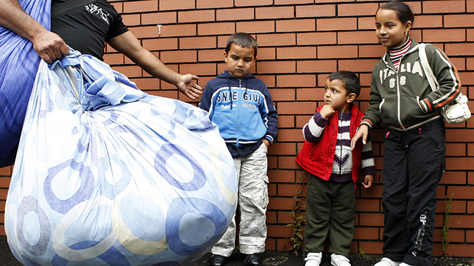 UK govt using immigration as a scapegoat to cover up austerity failures