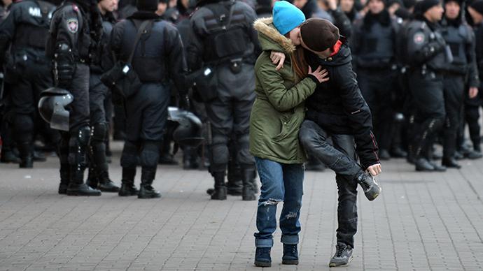 Glory to Ukraine, glory to Russia, glory to ALL the heroes