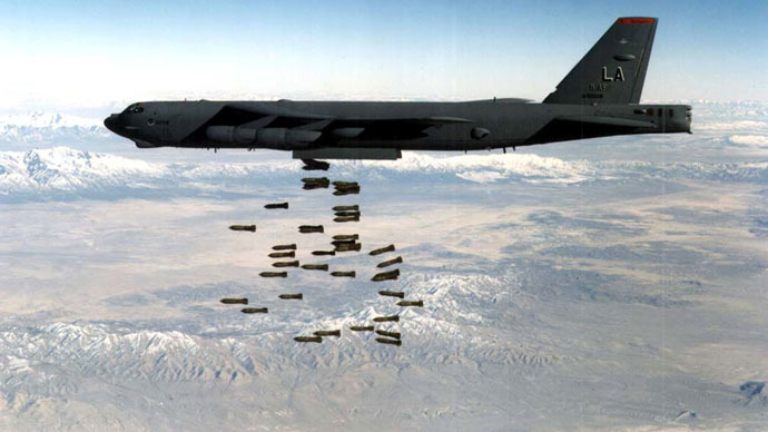 A U.S. Air force B-52 bomber drops a load of M117 750lb bombs in this undated file photo. (Reuters/U.S. Air Force Photo)