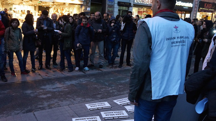 Some electoral campaigns gather more journalists than demonstrators. (Photo by Nadezhda Kevorkova)