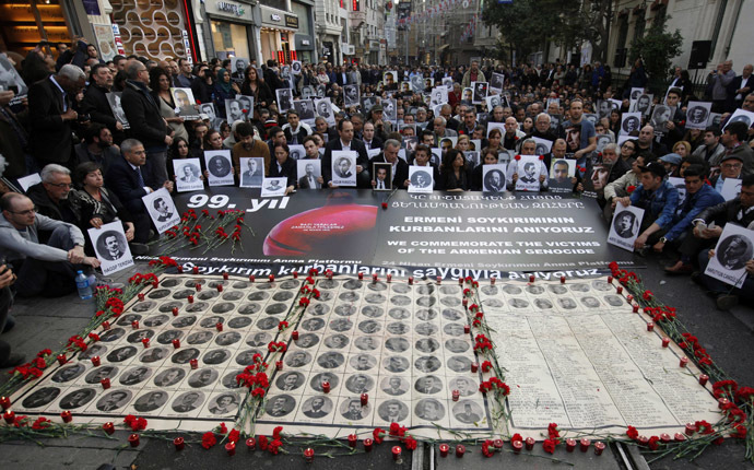 Activists hold pictures of Armenian victims during a demonstration to commemorate the 1915 mass killing of Armenians in the Ottoman Empire, in Istanbul April 24, 2014. (Reuters)