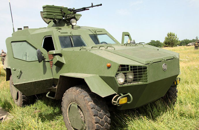 A view of a new Dozor-B Ukrainian army armoured personnel carrier at the training ground in Chuguyev, Kharkiv region, during a presentation of the vehicle on June 4, 2014. (AFP Photo / Sergey Bobok)