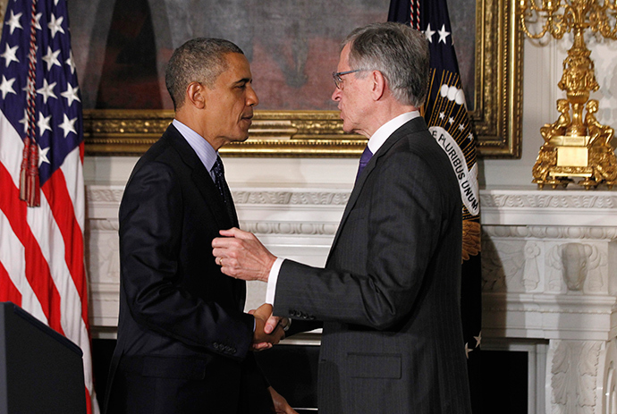 U.S. President Barack Obama announces venture capitalist Tom Wheeler (R) to head the Federal Communication Commission (FCC) at the State Dining Room of the White House in Washington (Reuters / Jason Reed)