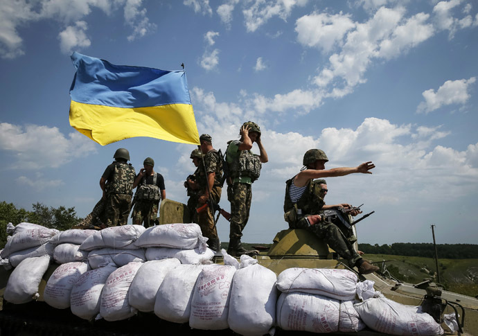 Ukrainian troops are pictured near the eastern Ukrainian town of Seversk July 12, 2014. (Reuters)